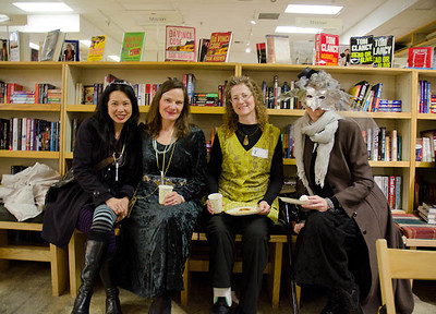 Readergirlz Fey Folk here for this important occasion as well...  Dragonswood Booklaunch, Author Janet Lee Carey, photo credit - Heidi Pettit