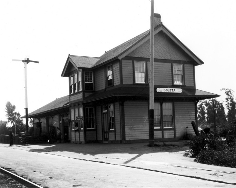 This historical photograph of Goleta Depot was taken in 1913 as part of a Southern Pacific inventory of its station buildings. Page 15 (top).