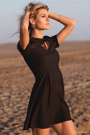 Portrait de Alizée Rieu sur la plage