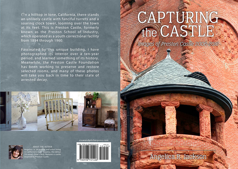 Capturing the Castle, full print jacket