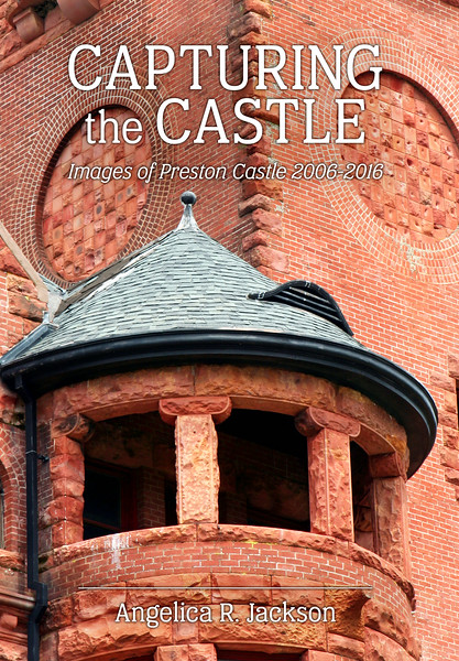 Capturing the Castle, front cover