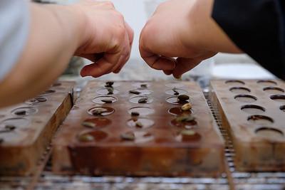 Gestuelle du chocolatier Mon Jardin Chocolaté