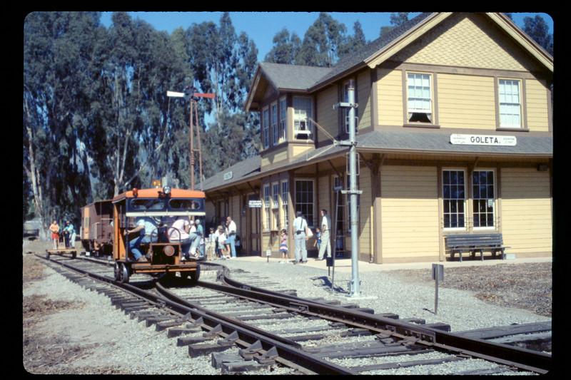 Depot Day speeder rides, 10/1990. acc2005.001.1420