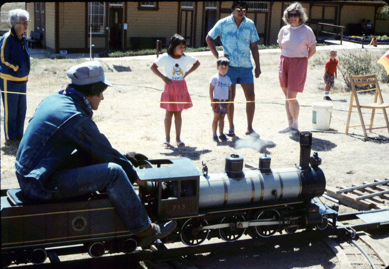 Fourth of July miniature-train rides, 7/4/1987 acc2005.001.0832