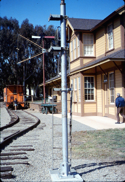 Train-order post from Santa Barbara station has a new Goleta home, 3/1987 acc2005.001.0696