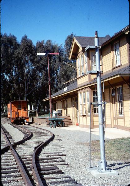 Train-order post from Santa Barbara station has a new Goleta home, 3/1987 acc2005.001.0695