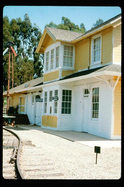 Goleta Depot exterior gets a new coat of paint, 1992. acc2005.001.1652