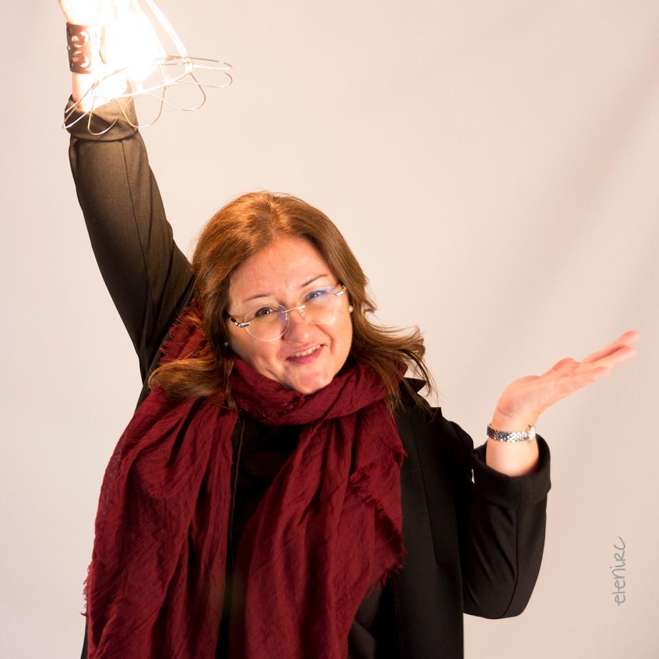 Reportaje coporativo para Lesff en despacho Teknon por Elena Rubio para elenircfotografia
