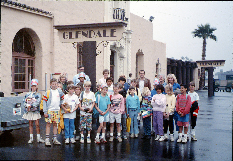"Museum leads Vieja Valley Elementary School rail trip to Glendale, April 1989. Do you see anyone that you recognize? If you can help,  use the ""ADD COMMENTS"" button in the lower left to tell us. Please include your name and contact information. acc2005.001.1072"