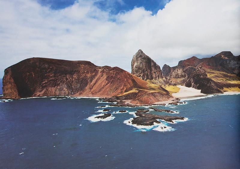Trindade Island / Ilha de Trindade