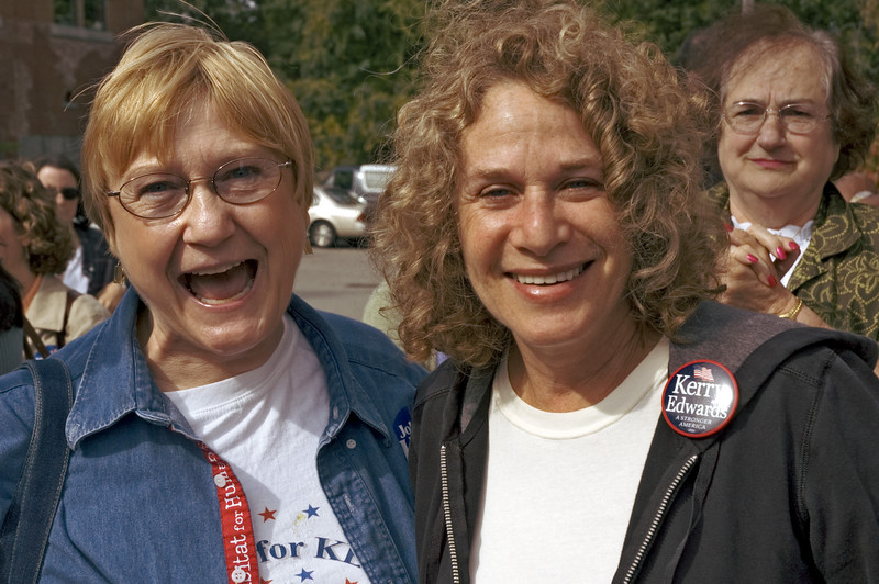 Carole King, Political Rally, Portsmouth, NH 2004