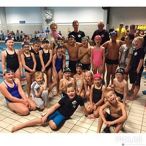 24 av SSC's aller yngste svømmere storkoser seg på rekruttstevne i Bryne symjehall!! Fantastisk innsats fra samtlige svømmere. Vi er imponerte!!!