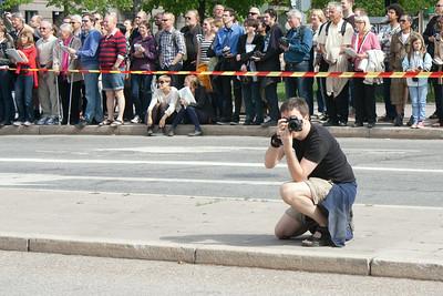 Jon fotograferar