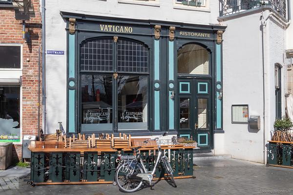 Gesloten terras, Houtmarkt