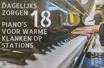 18 piano's