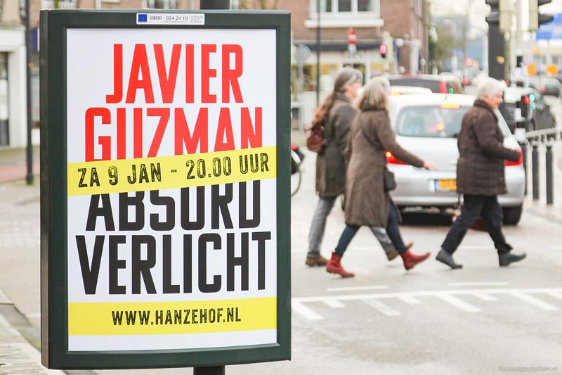 Javier Guzman, Absurd verlicht