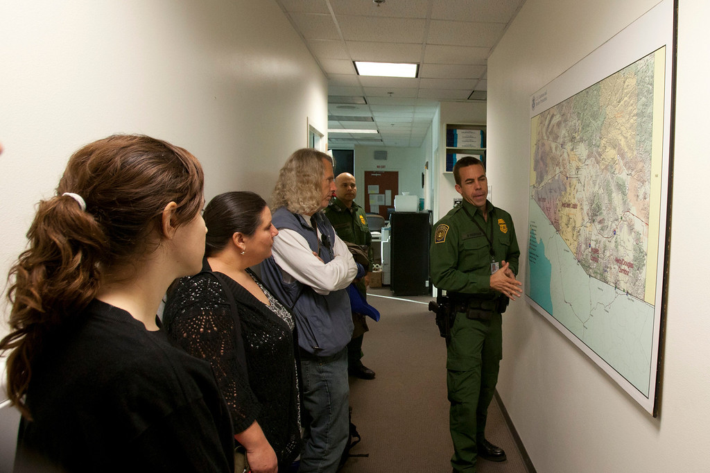 Desert volunteer groups get a tour from US Border Patrol. ©Bob Torrez