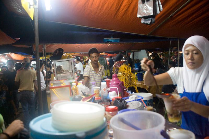 Night market Kota Kinabalu