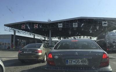 Crossing into Bosnia and Herzegovina.
