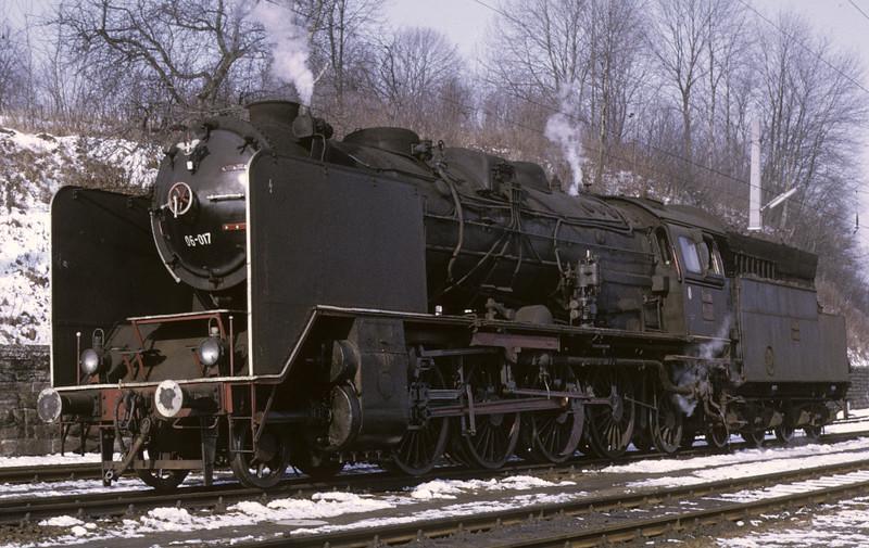 Yugoslav Rlys (JZ) 06-017, Spielfeld Strass, Austria, Sat 22 February 1975 3.  Photo by Les Tindall.