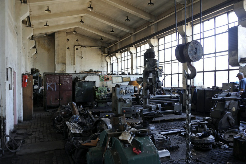 Workshop, Banovici railway works, Bosnia-Hercegovina, Wed 11 June 2014