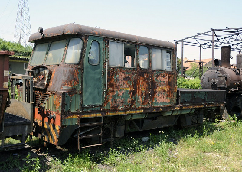 Unidentified railcar, Banovici railway works, Bosnia-Hercegovina, Wed 11 June 2014 1.  Built in Nis, Serbia, by Maskina Industrija Nis (MIN).