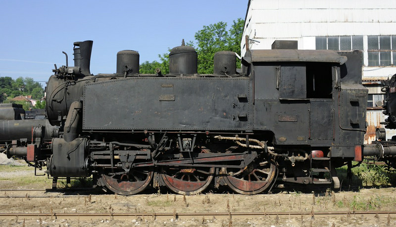 62-123, Bukinje loco shed, Tuzla, Bosnia-Hercegovina, Tues 10 June 2014 2