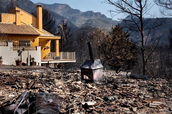Incendio forestal en urbanizaciones