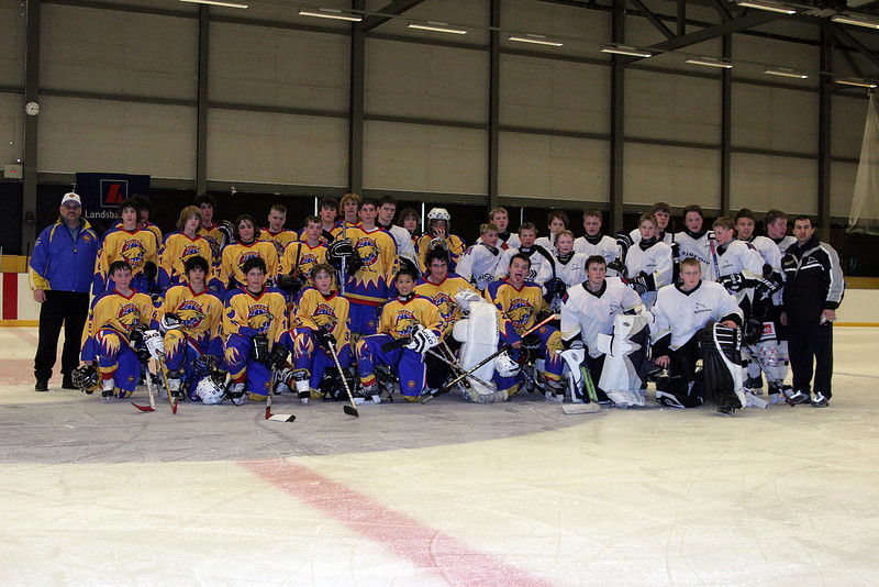"<font color=""blue""> Thursday April 12 Games in ICELAND<font color=""white"">  Bantam Boys Tie Iceland 2-2"