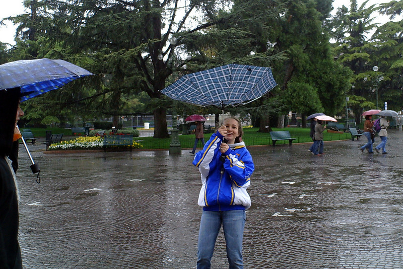 5 Euro for an Umbrella, did not last long for some.