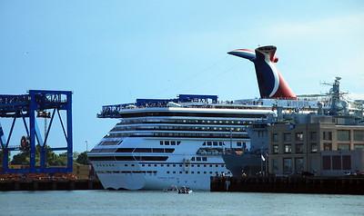 Boston Harbor Cruise Roondog - Cruises out of boston