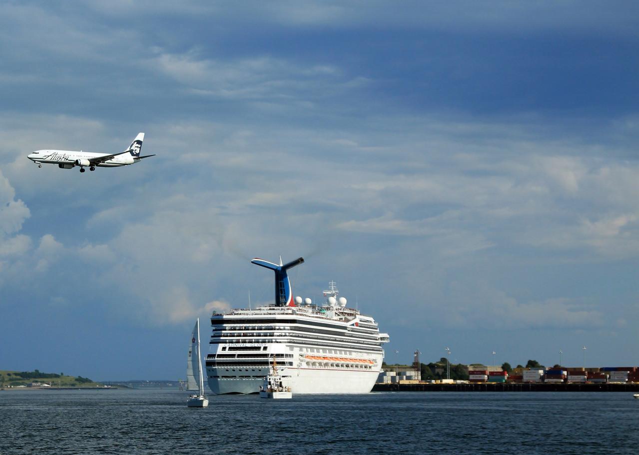 Boston Harbor Cruise Roondog - Cruise ships out of boston