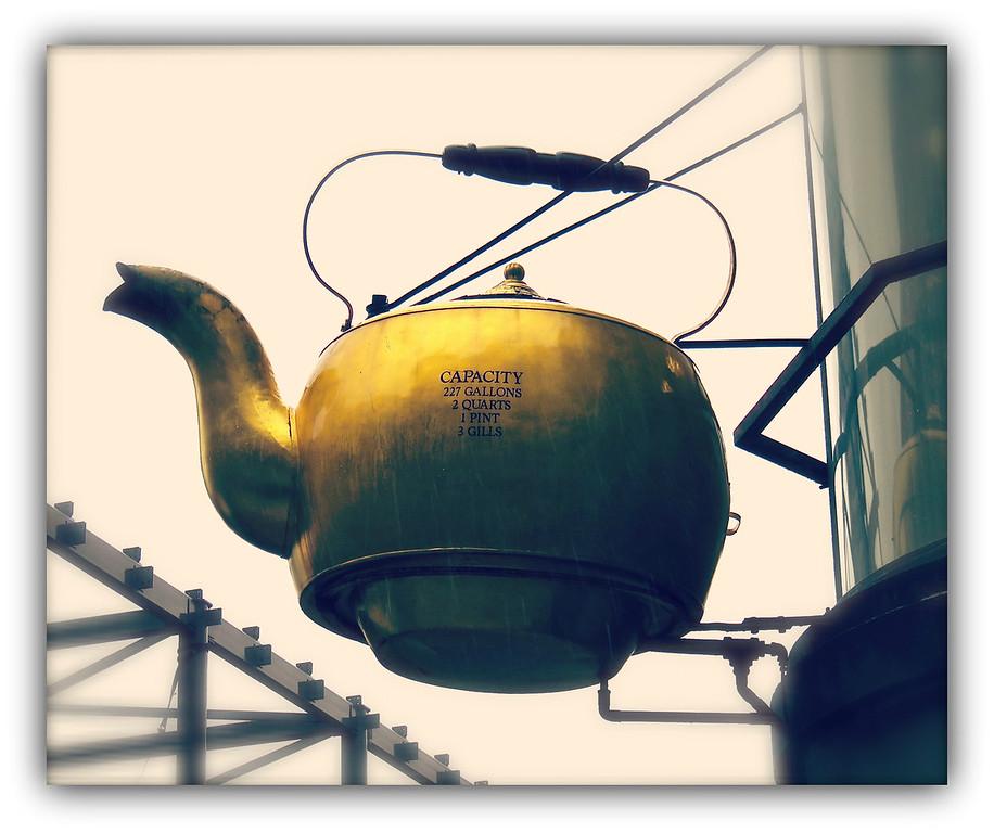 Oriental Tea Company Kettle