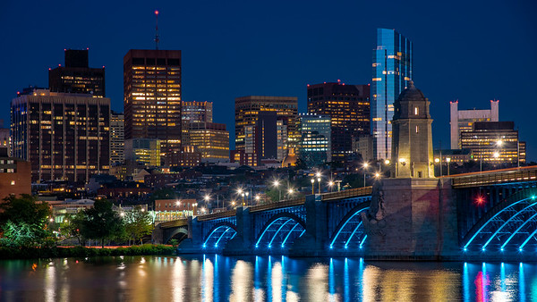 Longfellow Bridge at night