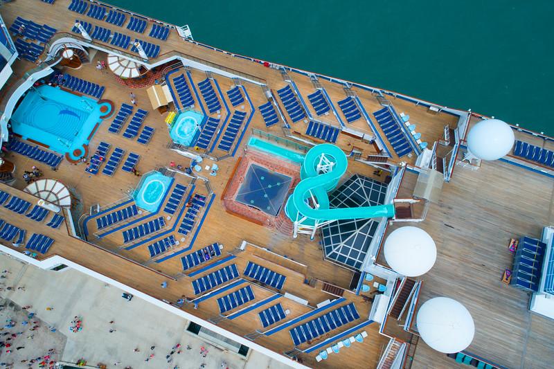 Aerial image Carnival Freedom pool deck image