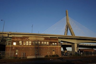Boston & Maine Signal Tower A bldg & Bunker Hill Bridge