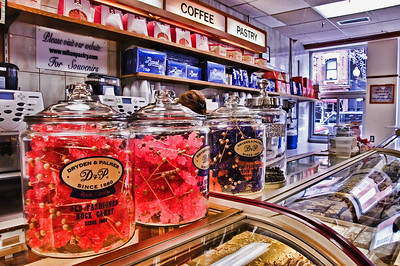 Mikes Pastry, North End