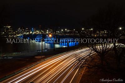 Longfellow Bridge Rush