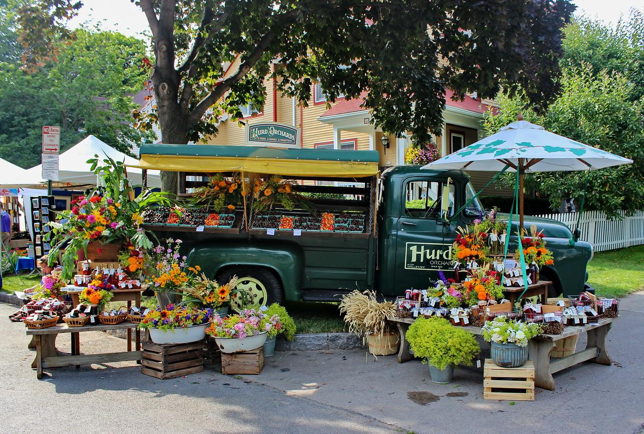Hurd Orchards Flower Market