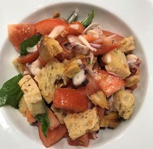 Panzanella salad with octopus 235,- kč