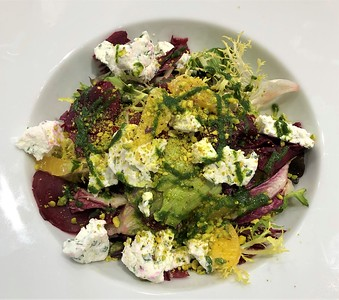 Beetroot and goat cheese salad 235,- kč