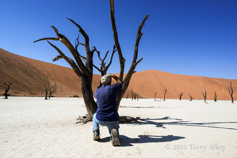 Jim-at-deadvlei-with-shadows