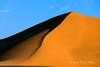 Sand-dune-at-sunset,-Sossusvlei