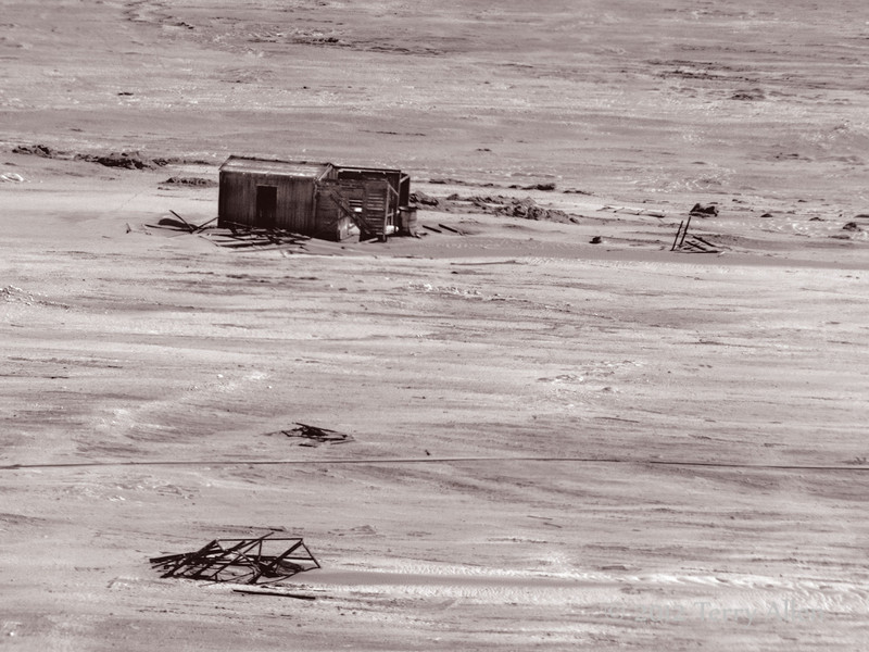 Abandonded-diamond-camp-4,-Skeleton-Coast,-Namibia