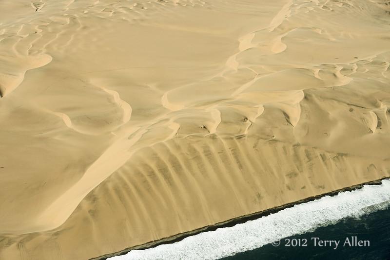Skeleton-Coast,-where-the-sand-dunes-meet-the-sea-3