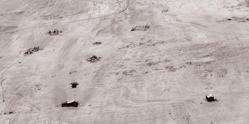 Abandonded-diamond-camp-1,-Skeleton-Coast,-Namibia