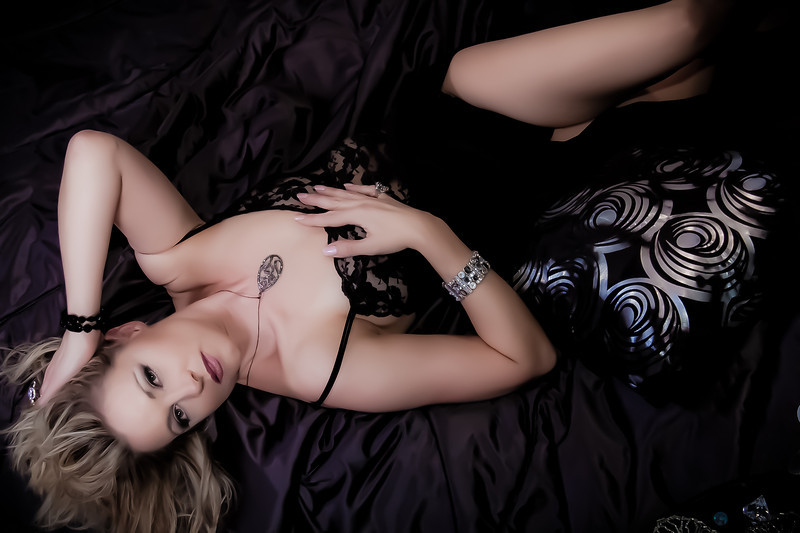 Heather Larson - Boudior 10-27-11-1229