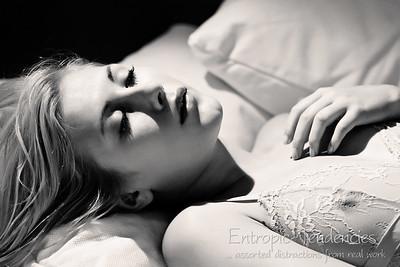 Raphaella - boudoir nude (black and white)