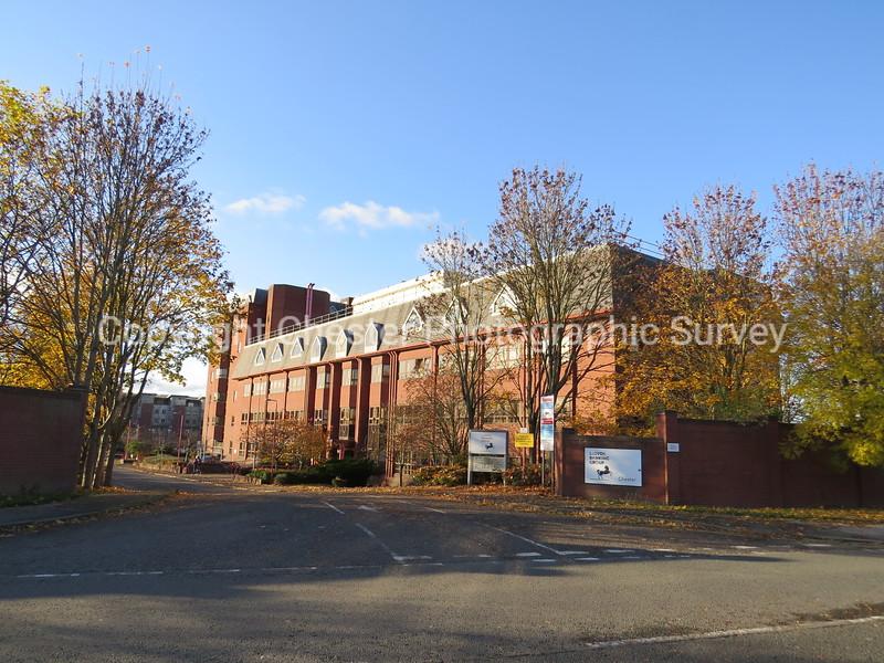 Lloyd's Bank Building: Charterhall Drive