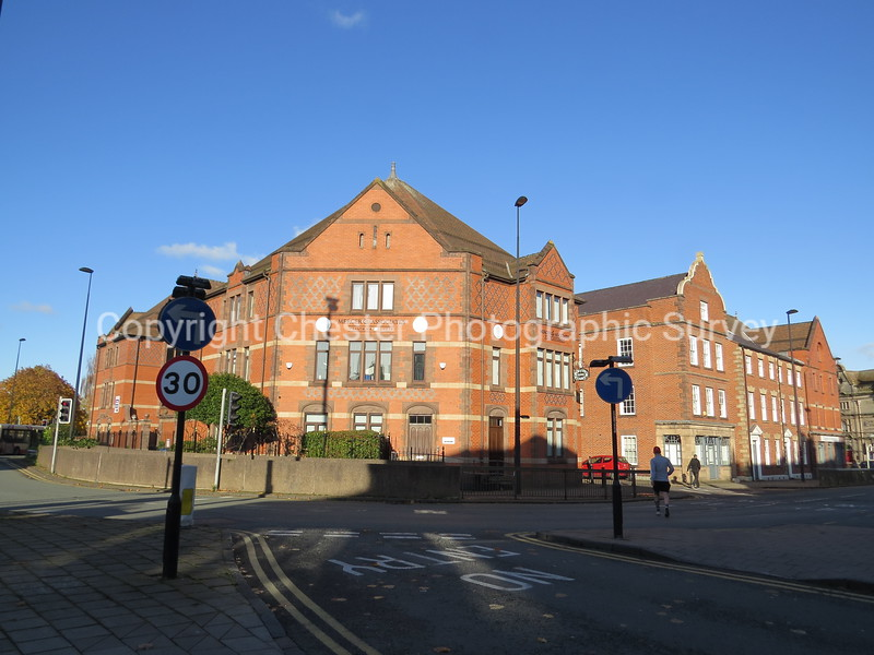 Lincoln House: The Square: Seller Street